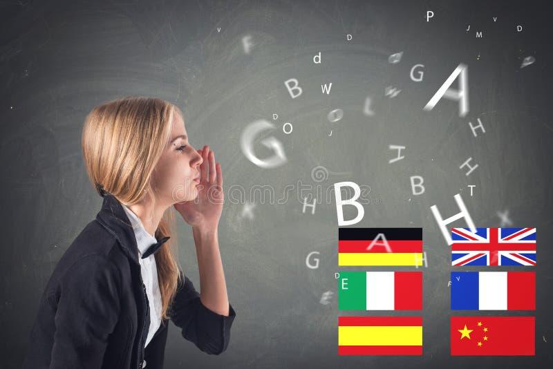 Utländskt språk. Begrepp - lära och att tala, royaltyfri foto