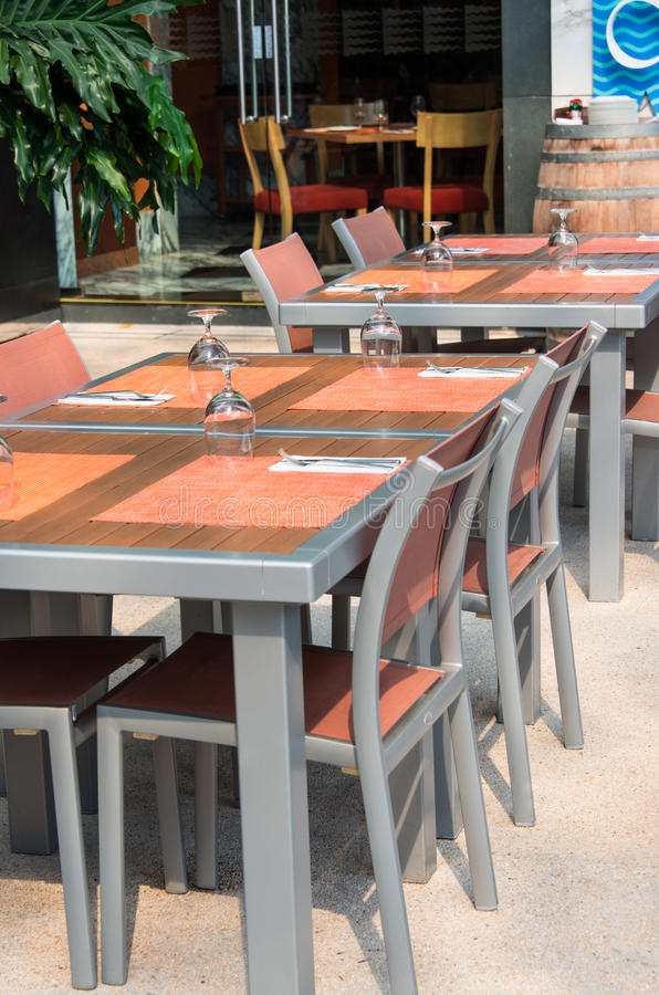 Utomhus- Cafe royaltyfria bilder