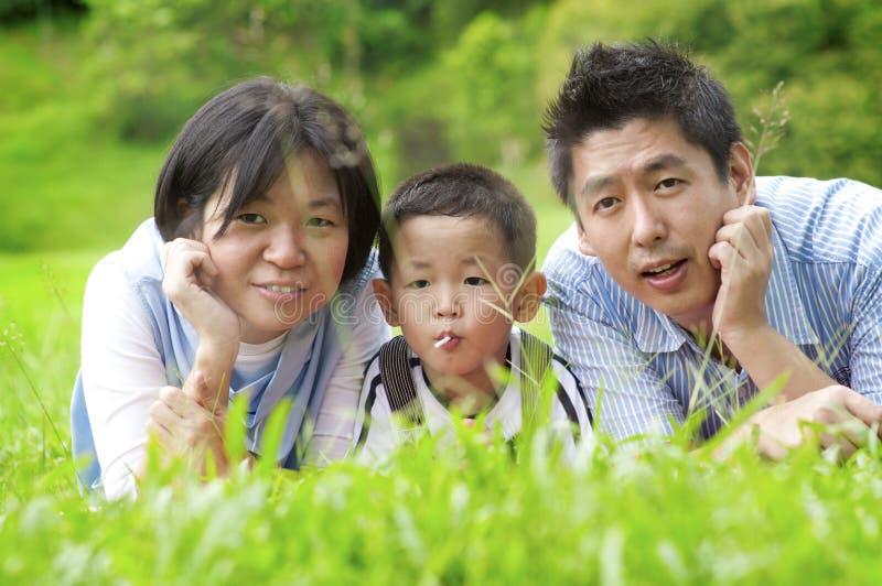 utomhus- familj arkivbild