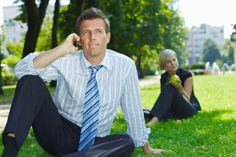utomhus- folk för affär royaltyfria foton