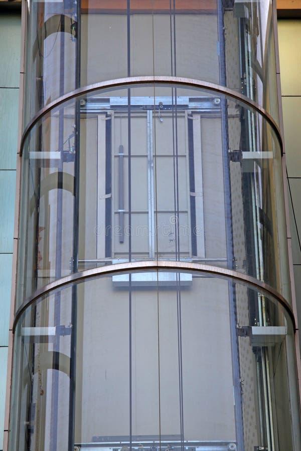Utomhus glass hiss royaltyfria foton