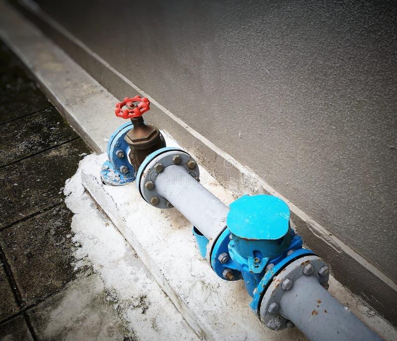 Utomhus- huvudsakligt vatten stängde av systemet, arkivfoton