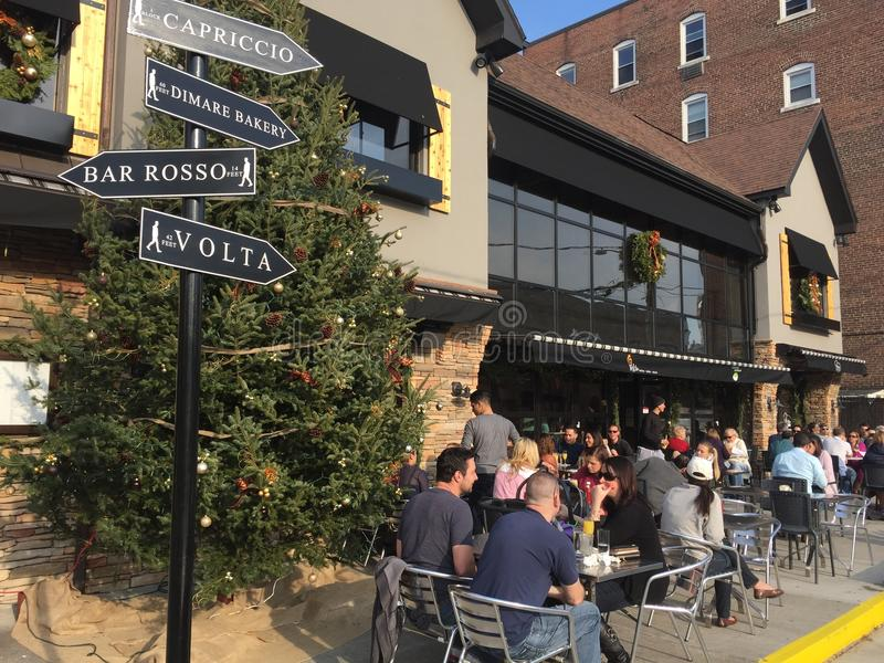 Utomhus- kafé, Stamford, Connecticut royaltyfri foto