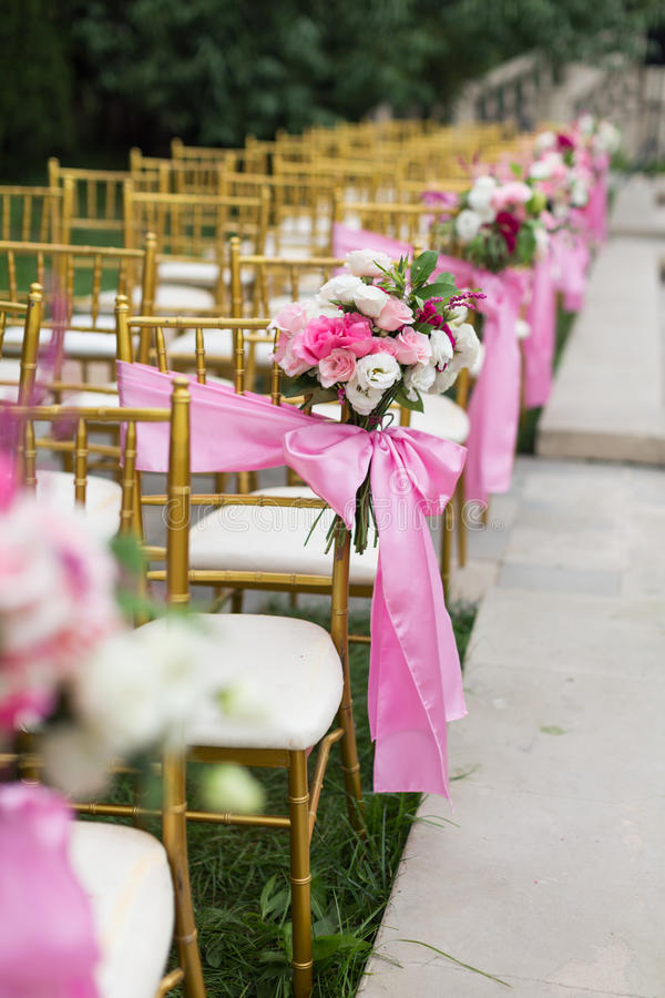 utomhus- platsbröllop royaltyfri bild