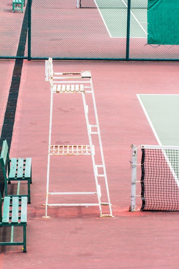 Utomhus- tennisbanor arkivfoton