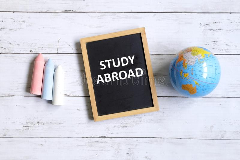 utomlands study arkivfoto