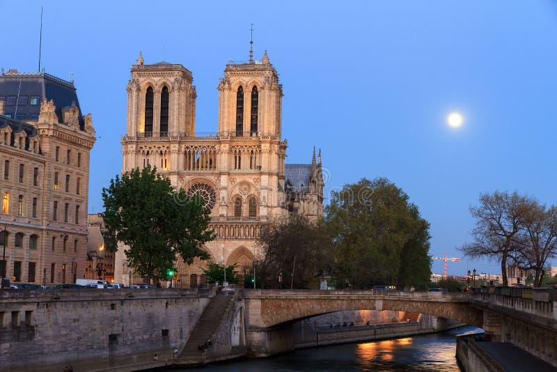 Utopier Notre-Dame arkivbild