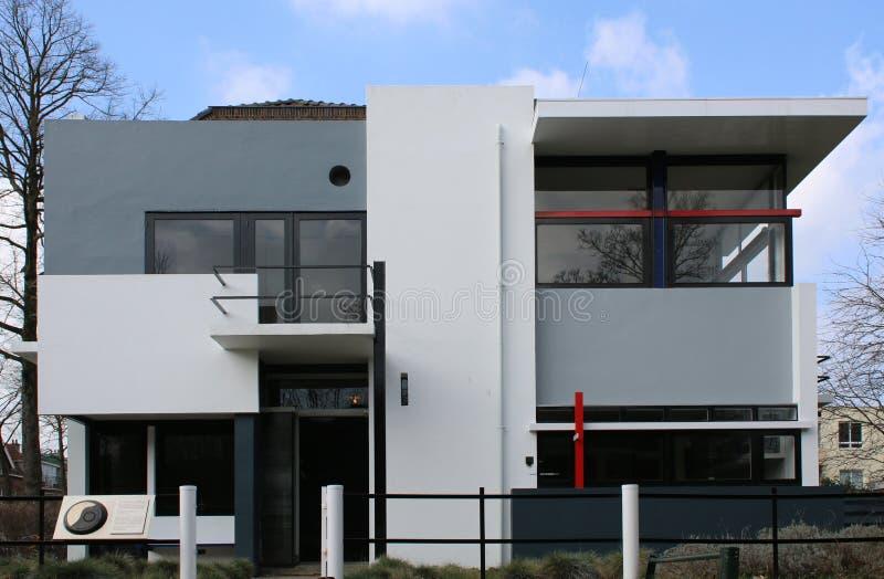 Utrecht Nederländerna, mars 2 - 2019: UNESCORietveld Schroder hus - som planläggs av arkitekten Gerrit Rietveld royaltyfri foto