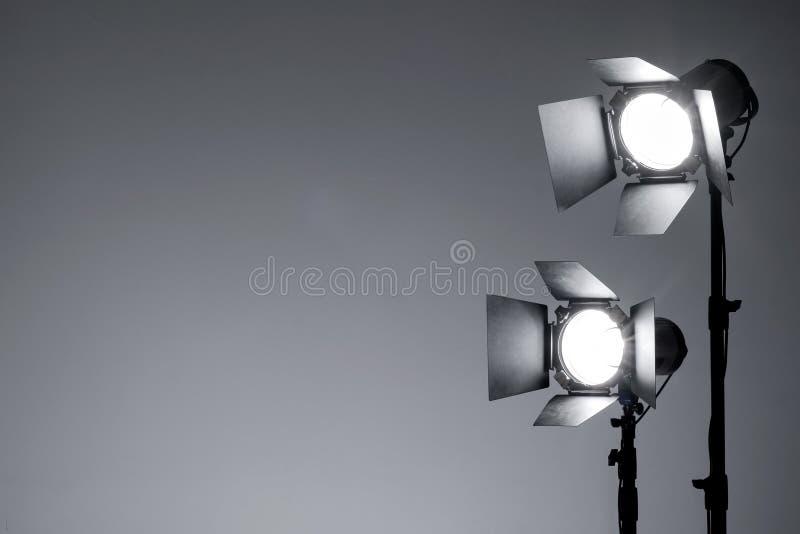 Utrustning för fotostudio och modefotografi arkivfoto