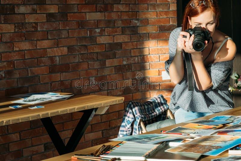 Utrymme för kopia för foto för målare för konstnärbloggerteckning arkivbilder