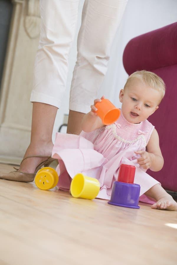 utrzymanie pokoju matki dziecka obraz royalty free
