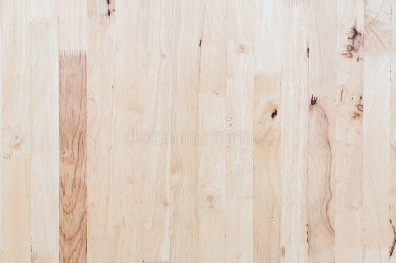 Utsatt träväggyttersida, patchwork av rått trä som bildar en wood modell för härlig parkett arkivbilder