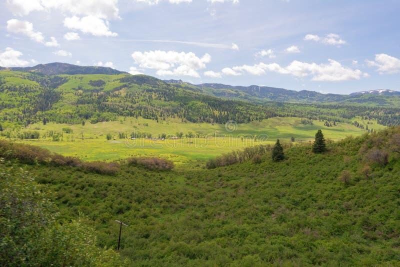 Utsikt för högt berg royaltyfri foto