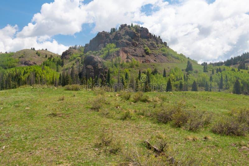 Utsikt för högt berg arkivfoton
