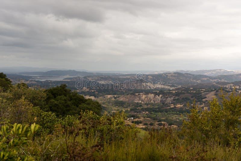 Utsiktpunkt över Santa Ynez Valley, Kalifornien, USA fotografering för bildbyråer