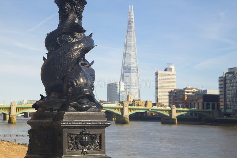 Utsmyckad gatalampa i London royaltyfri foto
