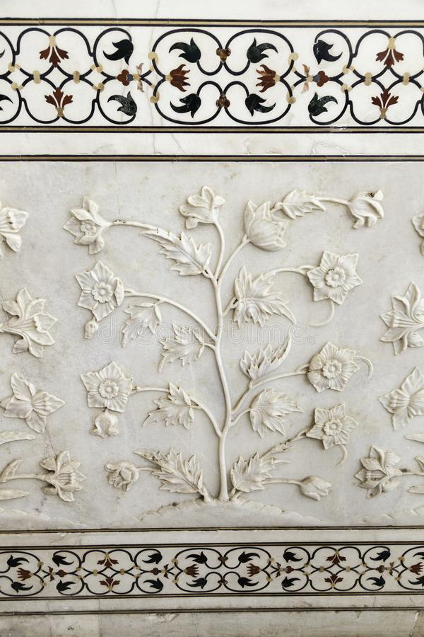 Utsmyckat marmorarbete och lagd in sten royaltyfria bilder