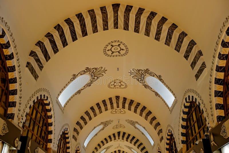 Utsmyckat tak av kryddabasaren i Istanbul arkivfoton