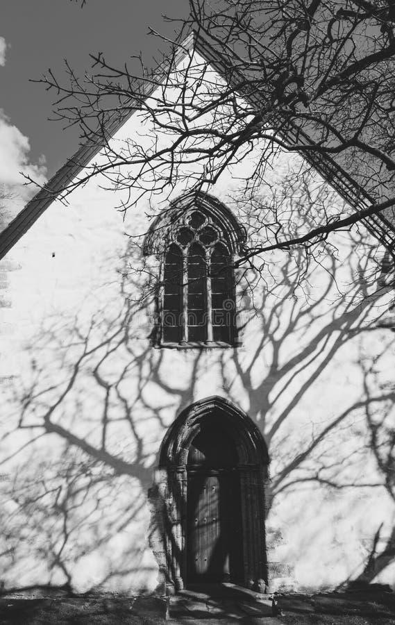Utstein Kloster lub opactwo - średniowieczny monaster, budujący w 1200s panorama Klosteroy wyspa, Rennesoy, Rogaland, Norwegia Ok zdjęcie royalty free