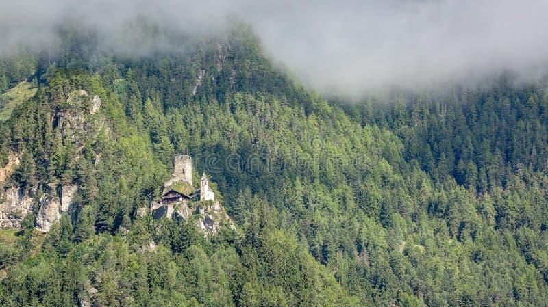 Uttenheim城堡, Tures谷,南提洛尔,意大利 免版税库存图片