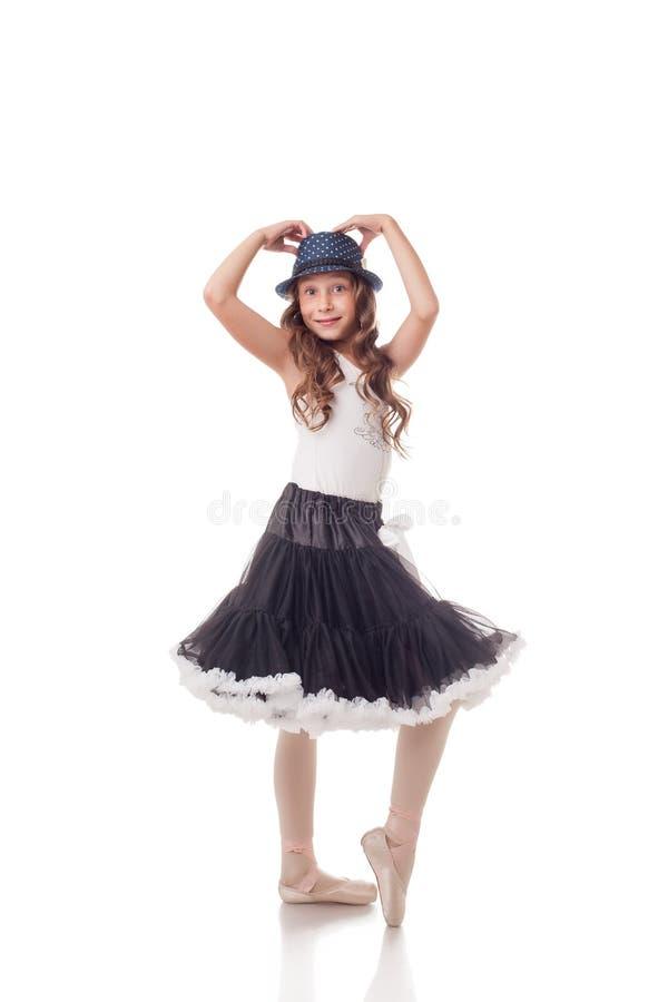 Uttrycksfull ung ballerina som isoleras på vit fotografering för bildbyråer