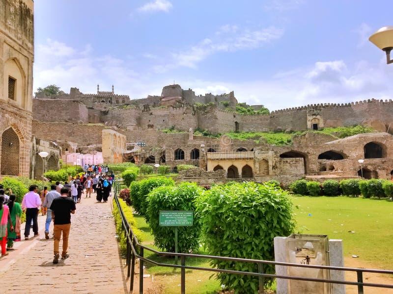 Utvändigt Golkonda fort - Hyderabad, Indien arkivfoto