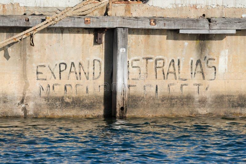 'Utvidga Australien köpmanFleet 'grafitti i södra Australien arkivbild