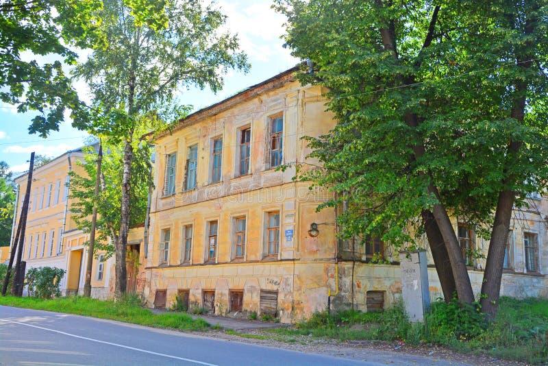 Uvarov& anterior x27; estado en la ciudad de Torzhok, Rusia foto de archivo