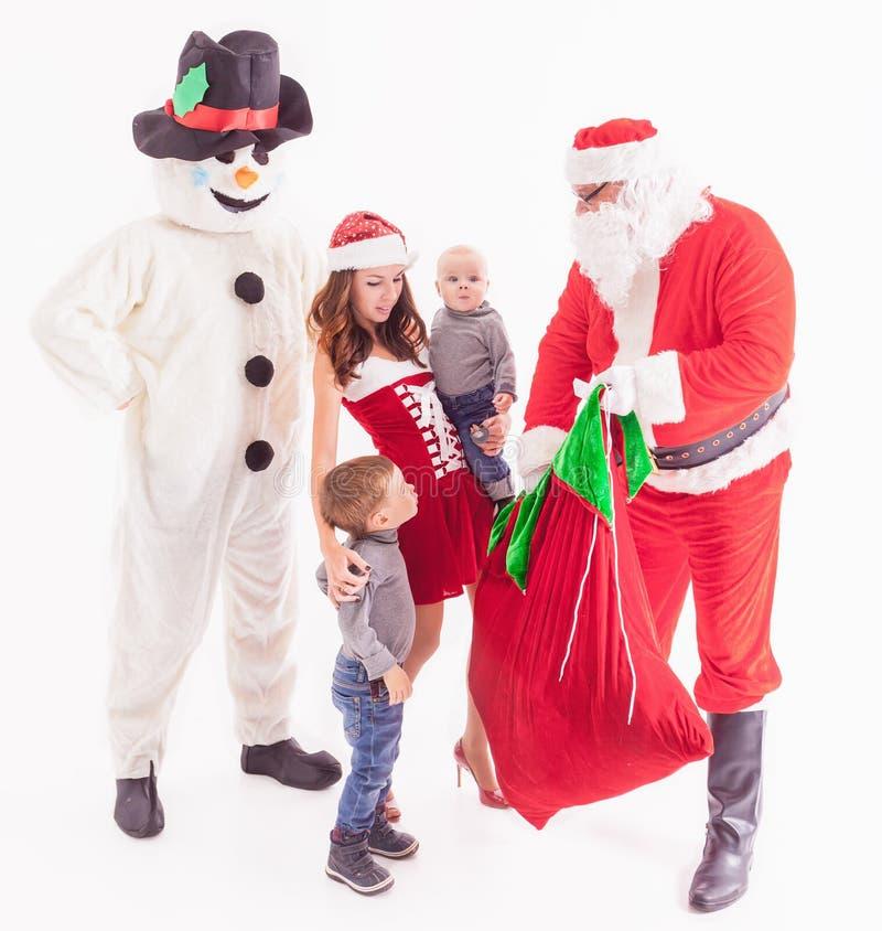 Uw vader is Kerstman Geeft giftdozen bij Kerstmis stock foto