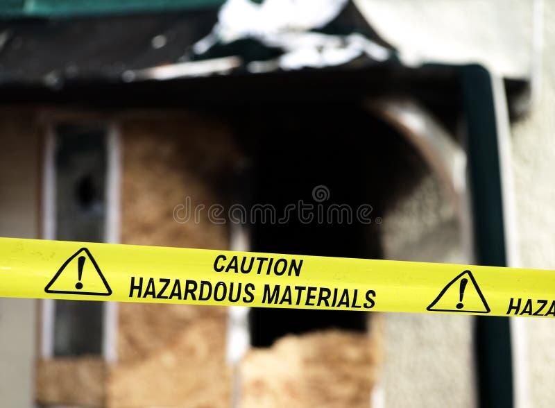 uwaga materiałów niebezpiecznych policja rejestruje żółty zdjęcie royalty free