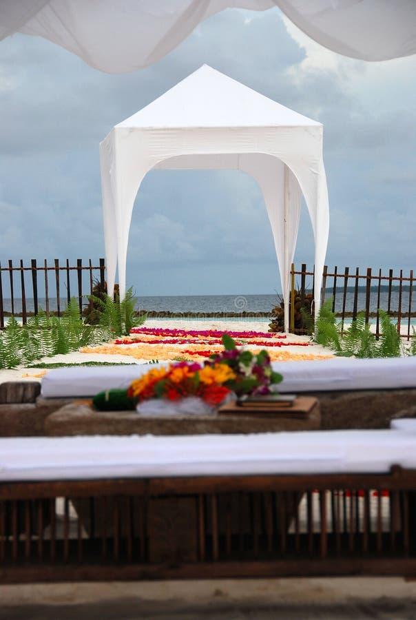 uwagi na plaży ołtarza ślub obraz royalty free