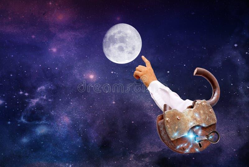 Uwalnia łatę na księżyc Pojęcie fotografia stock