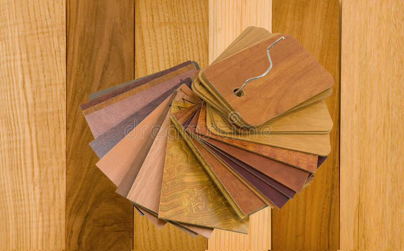 uwarstwiający real pobierać próbki drewno obrazy stock