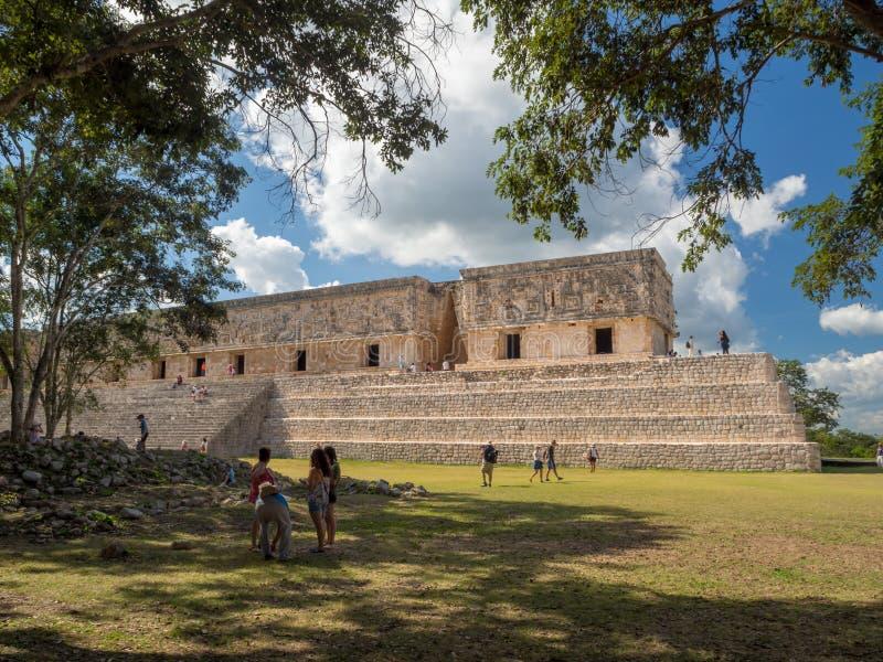 Uxmal, Мерида, Мексика, Америка [руины пирамиды археологических раскопок Uxmal, туристское назначение, индийское ацтекское майяск стоковые изображения rf