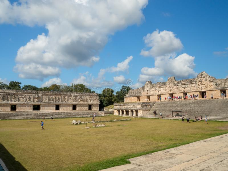 Uxmal, Merida, México, América [a grande pirâmide do mágico no local arqueológico de Uxmal, destino do turista, maia asteca india fotos de stock