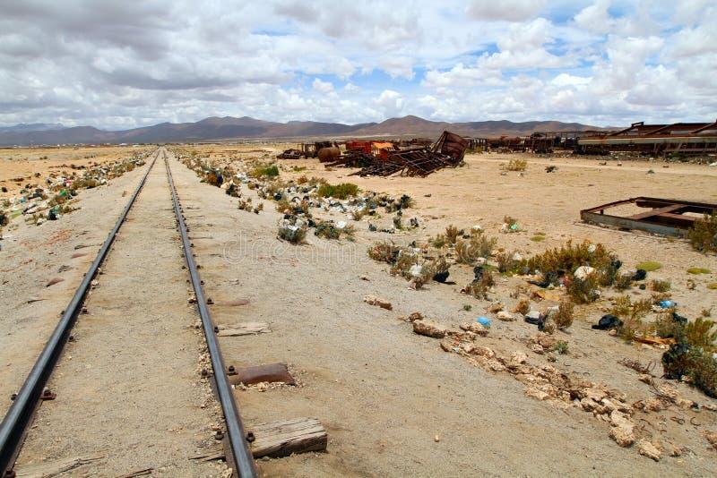 uyuni τραίνων νεκροταφείων στοκ φωτογραφίες
