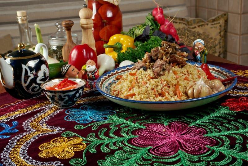 Download Uzbeka pilaf obraz stock. Obraz złożonej z dinner, tradycyjny - 53778863