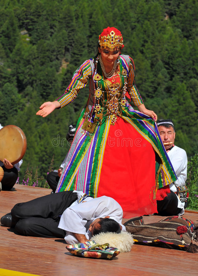 Uzbekistan Dance Group royalty free stock photos