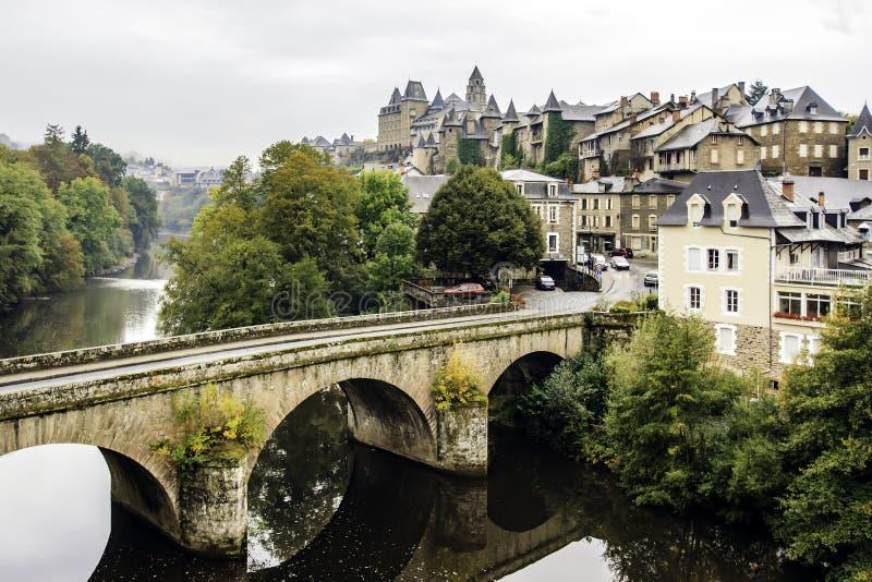 Uzerche, Corrèze, Frankrijk stock afbeelding