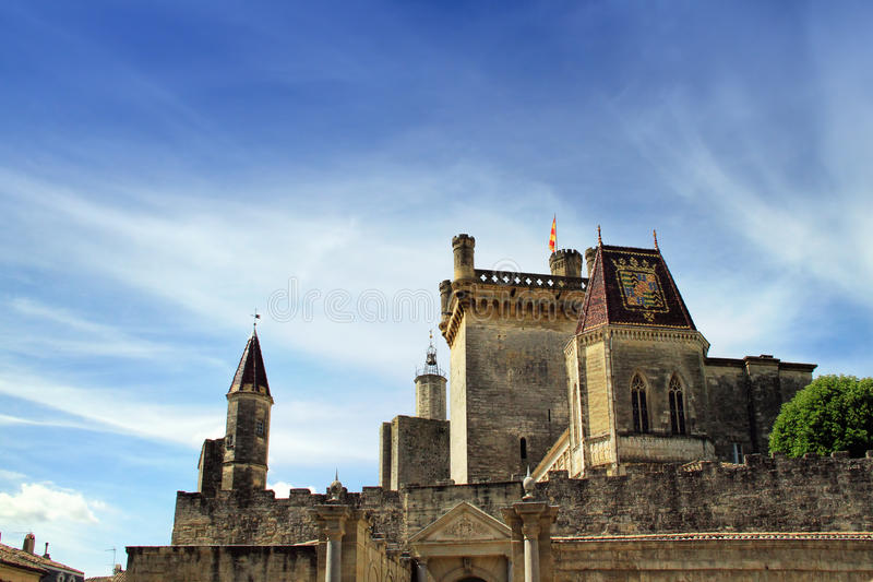 Uzes, au sud des Frances photos libres de droits