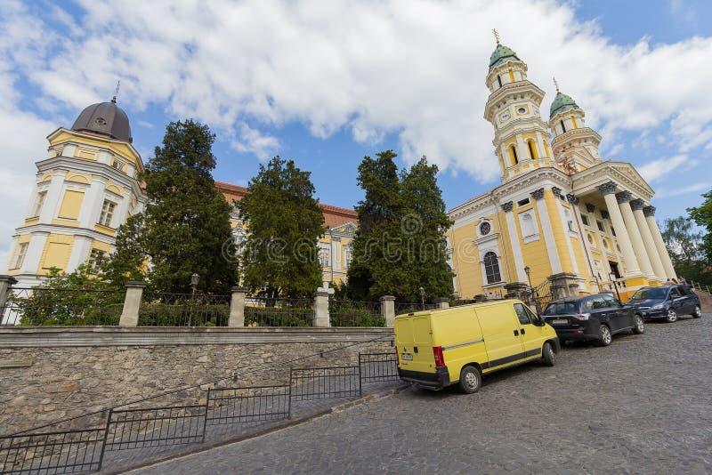 Uzhgorod, Ucrania - 27 de abril de 2016: Iglesia católica de Ruthenian fotos de archivo