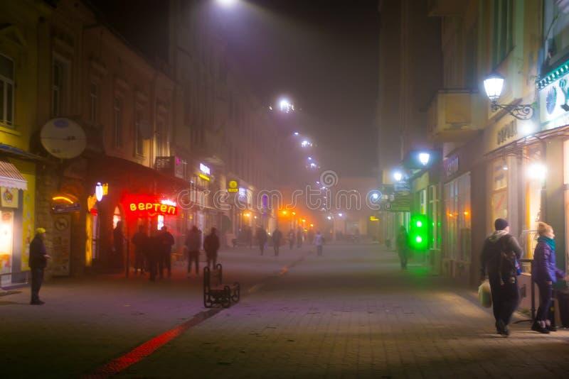 UZHHOROD, УКРАИНА - 7-ОЕ ОКТЯБРЯ 2018: Улицы и архитектура старого города Uzhgorod в Украине стоковые изображения