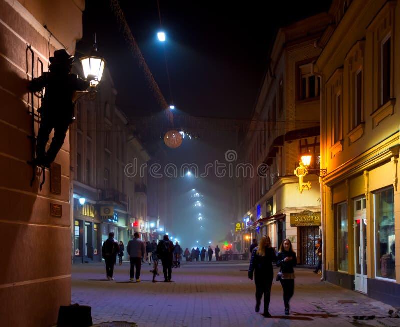 UZHHOROD, DE OEKRAÏNE - OKTOBER 7, 2018: Straten en architectuur van de oude stad van Uzhgorod in de Oekraïne royalty-vrije stock foto