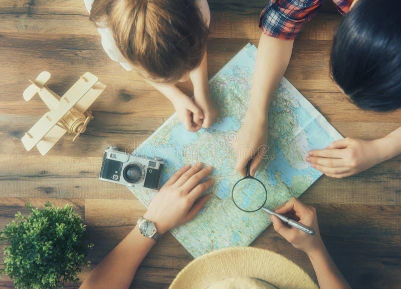 Vá em uma aventura! foto de stock