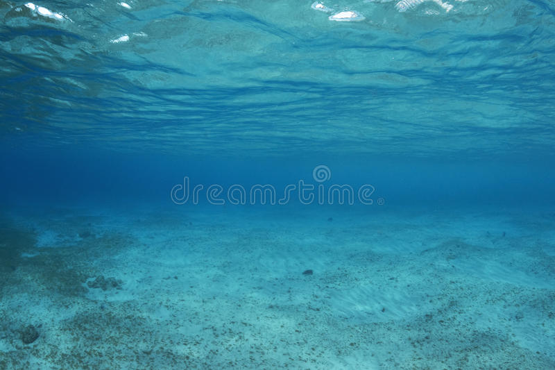 Vácuo profundo do azul fotos de stock royalty free