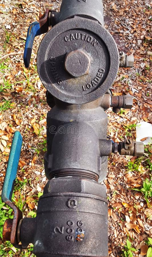 Válvula de controle do cano principal de água foto de stock royalty free