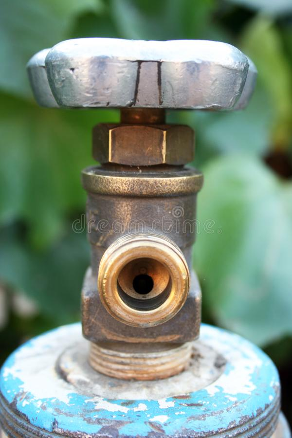 Válvula de seguridad para equipos de gas fotos de archivo