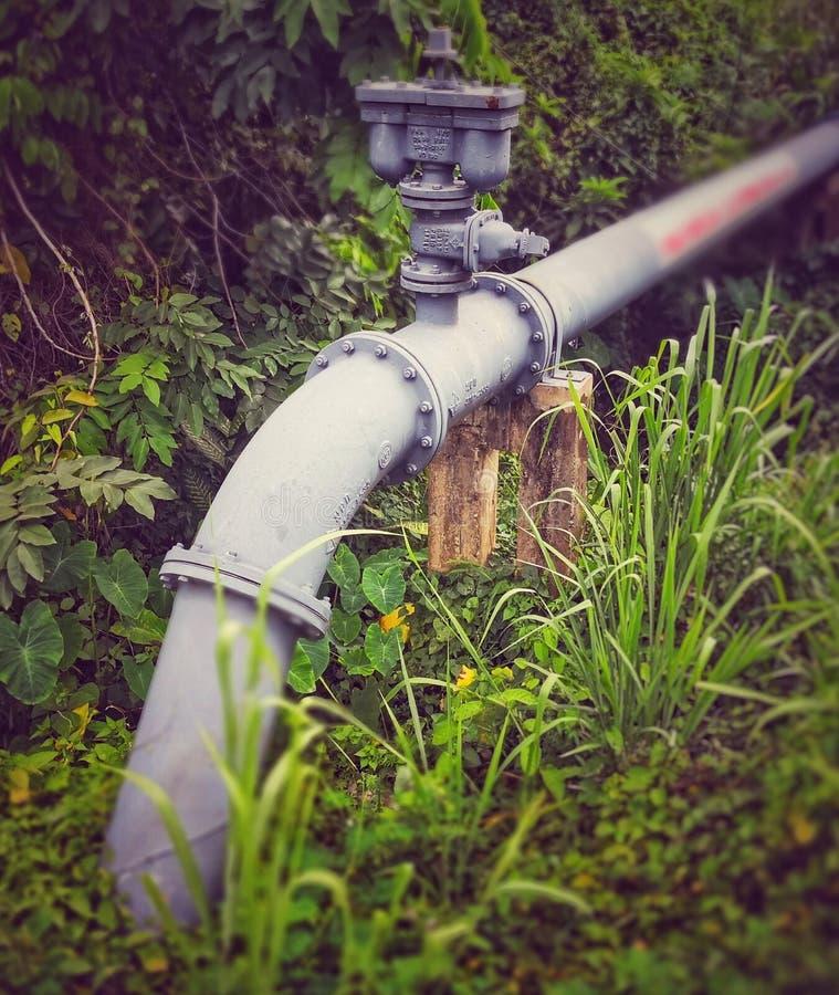 Válvula del regulador del agua fotos de archivo