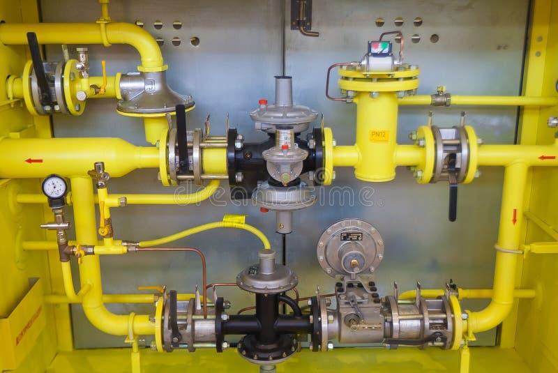 Válvulas, tubulações e bombas de gás fotografia de stock