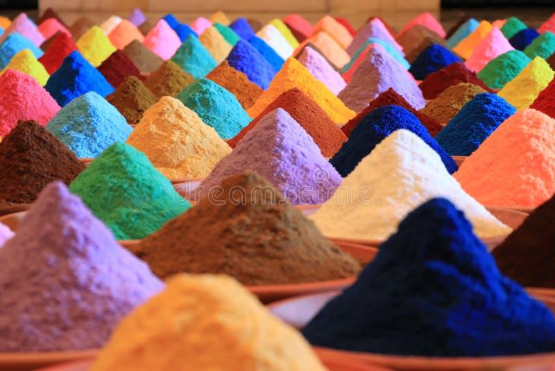 Vária seleção das especiarias tinturas coloridos do pó fotos de stock royalty free